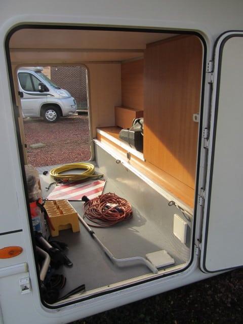 LMC 661 G garagekoffer 2 luiken open