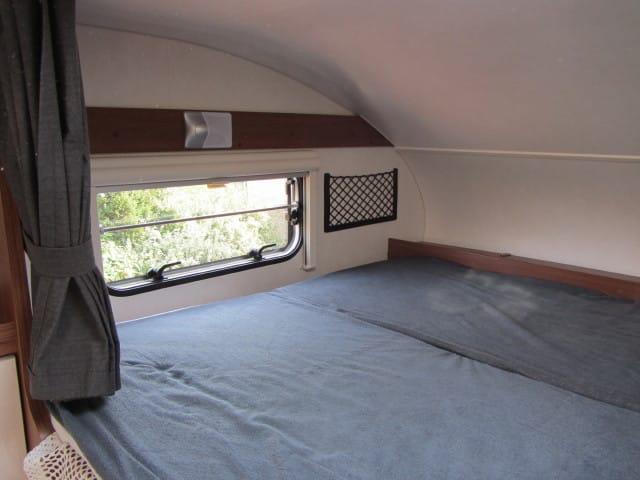 LMC 694 G Fiat alkoofbed met raam