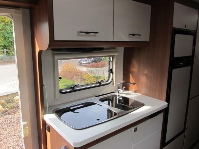 LMC 694 G Fiat keuken